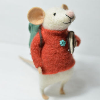 Little Traveler Mouse - unique - needle felted ornament animal, felting dreams by johana molina