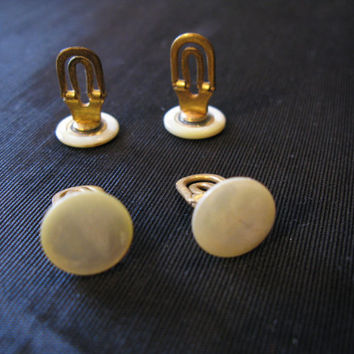Vintage Pearl Tuxedo Buttons Set of 4,  Shirt Studs, Groom Tux Pearl Buttons Antique MOP Collectible