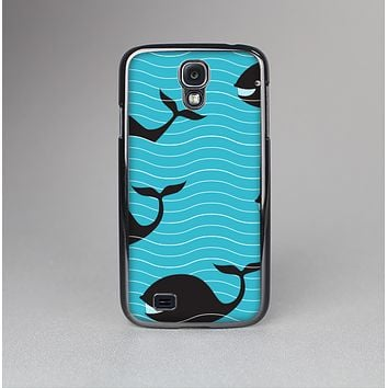 The Teal Smiling Black Whale Pattern Skin-Sert Case for the Samsung Galaxy S4