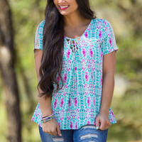 Everly-Bring It Back Top-Jade/Fuchsia – Simply Dixie Boutique