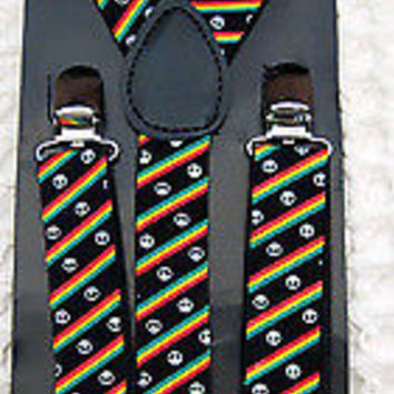 SOLID RED TUXEDO ADJUSTABLE BOW TIE+RASTA STRIPES PEACE SIGNS  SUSPENDERS COMBO