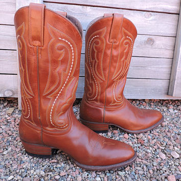 Vintage mens Ariat boots / size 10.5 D / rust brown tooled leather cowboy boots / Ariat western boots