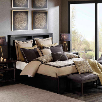 Hampton Hill Serpentine  Rayon  Polyester Jacquard 8pcs Comforter Set, Tan