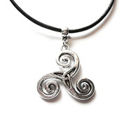 Celtic Silver Triskele  Necklace /Choker  Silver Teen Wolf Triskelion Necklace /Choker Silver Triskelion Necklace /Choker