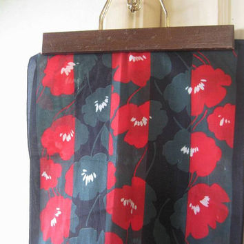 Vintage Warhol Style Poppy Mod Scarf; Red with Black & Forest Green - '60s Floral Mod Head Scarf - Big Red Flower Scarf - Black Floral Scarf