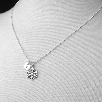 Personalized Snowflake Necklace, Sterling Silver Jewelry, Snowflake Pendant, Snowflake Charm Necklace, Snowflake Jewelry, Custom Necklace