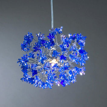 Hanging chandeliers. Blue flowers.