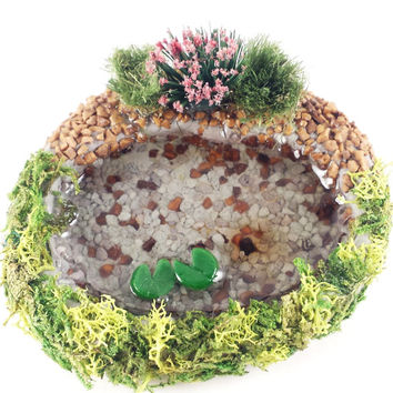 Miniature fairy garden pond. Lily pad pond with rocks and plants. Perfect for terrarium or dollhouse.