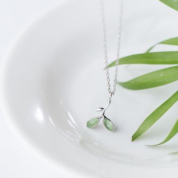 NEW Spring Summer Real. 925 Sterling Silver Jewelry green Opal shoots /Branch Leaf Pendants / Necklace GTLX1294