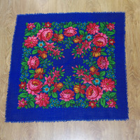 Vintage Blue Russian Shawl / Polish Shawl / Ukrainian shawl / Floral square headscarf Roses Neck scarf neckerchief Babushka kerchief flowers