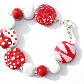 Red and White Beadwork Bracelet, Valentine's Day Bracelet, Red and White Ceramic Kazuri Bracelet, African Fair Trade Beads