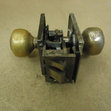 Sargent Door Knob Assembly Brass Mortise Lock 9805 1/2 Vintage -- Used