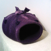 Pets cave,Purple Cat cave, pets bed, cats bed, Eco friendly pets cave, hand crafted, Vase,OOAK