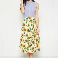 It's a Vivacious Circle Skirt | Mod Retro Vintage Skirts | ModCloth.com