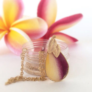 Plumeria Jewelry, hawaiian jewelry, real plumeria flower petal,  flower pendant, gold chain, tear drop pendant