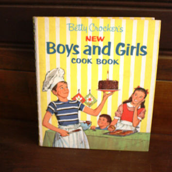 Vintage Betty Crocker's New Boys and Girls Cook Book
