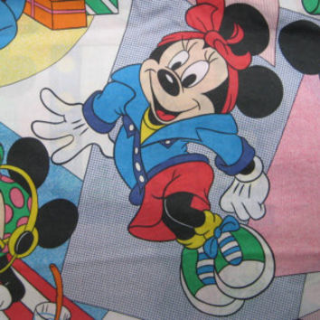 Vintage Disney Minnie Mouse Flat Sheet TWIN Size Kids Bedding Craft Fabric Cheerleader Shopping Clean Repair Cutter USED