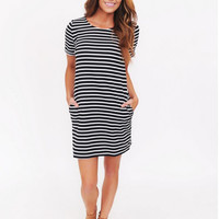 Black and White Short Sleeve Double Pocket Dress