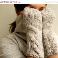 ON SALE Winter Accessories - Vanilla Oatmeal Wheat  Ecru Cable Warm Womens Fingerless Mittens Gloves Handwarmer