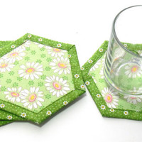 Hexagon shape, Quilted Reversible Coasters, Spring Daisies