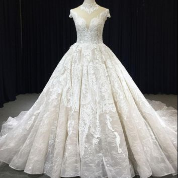 High Neck Short Sleeve Ball Gown Wedding Dress Cathedral Royal Train Unique Lace Appliqued New Bridal Gown