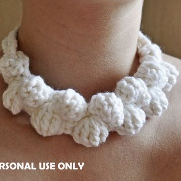 PDF Pattern / Crochet White Necklace PATTERN  / Crochet Accessories Pattern / Crochet Jewelry Pattern