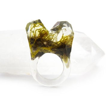 Smoke Lichen Resin Ring • Size 6 • Eco Resin Nature Ring • Asymmetrical Unusual Art Ring • Faceted Terrarium Ring • Nature Moss Ring