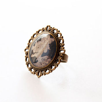 Westeros Map - Game of Thrones Map - Westeros Ring - Game of Thrones Jewelry - A Song of Ice and Fire - Handmade Vintage Cameo Pin Brooch