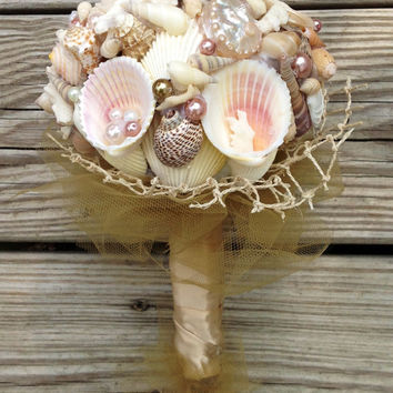 Natural Seashell Bouquet, Beach Bouquet Blush, Nautical Shell Pearl Bouquet, Alternative Bouquet