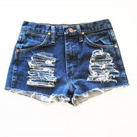 Vintage Wrangler Women's Jeri High Waisted Denim Jean Shorts Trendy Cut Off-M