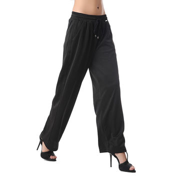 Relaxed wide leg pant in sateen fabric