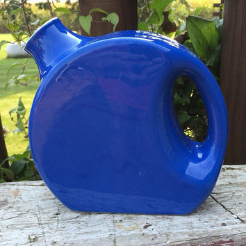 Vintage water jug refrigerator pitcher, Blue Stoneware crock water pitcher, vintage blue deco pottery water jug, oxford ware disc water jug
