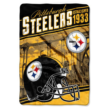 Pittsburgh Steelers NFL Stagger Oversized Micro Raschel (62in x 90in)