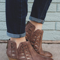 Cutting Edge Booties - Taupe
