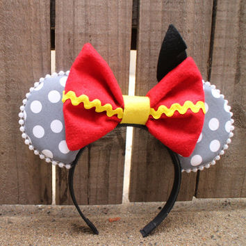 Dumbo-Inspired Mouse Ear Headband with Bow & felt black feather