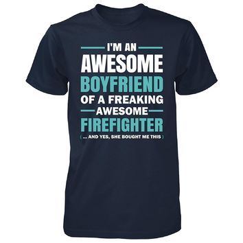 I'm Awesome Boyfriend Freaking Awesome Firefighter T-Shirts - Men's Crew Neck Novelty Top Tees