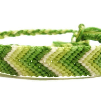 Ombre/Gradient Green Chevron Friendship Bracelet