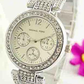 MK Men's and Women's Fashion Quartz Watches F-Fushida-8899 silver