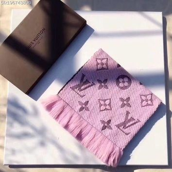 Louis Vuitton Woman Men Trending Fashion Cashmere Warm Cape Scarf Scarves Pink G