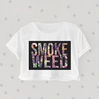 Smoke Weed be Fly printed Midriff Cropped Blouse. Street-Style Fashion - teenage - crop - Teen Girl - Casual wear