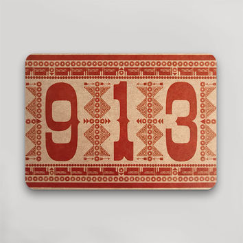 913 Postcard Red