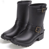 Unique Hot European Boots Korean Lady Fashion New Arrival Short Rainboots Fashion Women's Casual Rain Boots Elegant Shoe S100