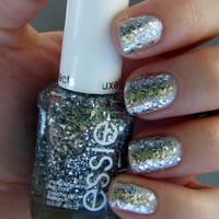 Essie A Cut Above 8302 Nail Polish