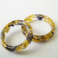 Real larkspur ring, petals in resin, real freesia ring, dried flowers petals botanical rings, petal resin ring, gold foil flakes ring