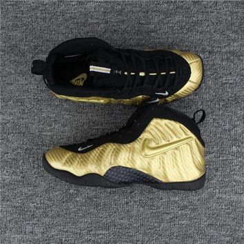 Nike Air Mens Foamposite Pro Hardaway Gold Sneaker