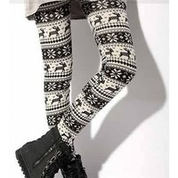 Free Shipping Snow Christmas Deer Pattern Flannel Autumn/Winter One Size Fashion On Sale Fitting Leggings TA136 from clothingloves