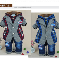 new 2014 baby boy plaid patchwork cotton-padded thicken warm lamb wool clothing sets kids clothes sets winter baby clothing sets