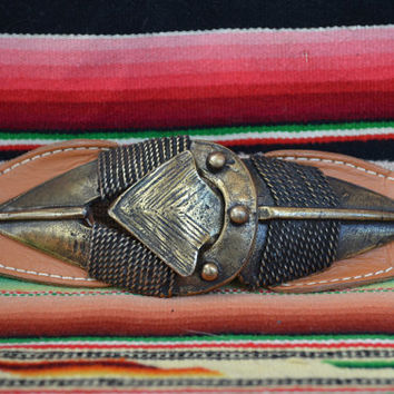Vintage 80's Southwestern Huge Native American Arrown Buckle Belt