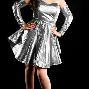Silver lamé prom dress with removable sleeves - Made to your size