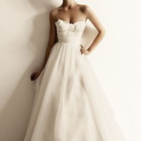 Wedding Gown TB22Sophie Wedding GownSweetheart by TingBridal